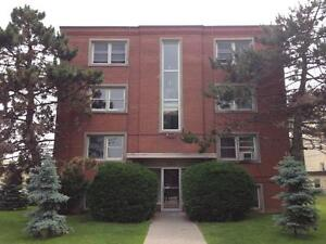 CENTRALLY LOCATED 2 BD APT, SECURE BUILDING! B-311 Westdale Ave