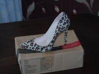 lepard skin shoes