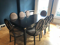 Art deco dining table with 6 chairs and side console