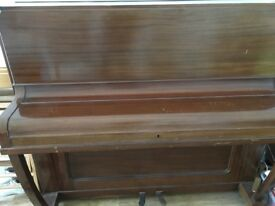 Piano - free - to collect