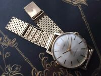 Vintage ROLEX Tudor in solid 9k 9ct gold mens watch with gold bracelet!