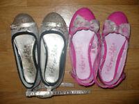 Bundle of 2 girls ballet shoes size 12 (EU 31). Good condition.