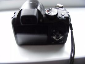 Fujifilm S4500 Bridge Camera for sale in great condition with extras.