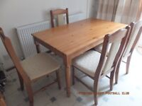 Solid wood table and 4 x chairs, excellent as new condition £100