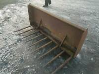Tractor front loader 5ft dung grape with euro brackets
