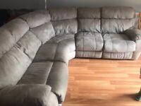 Electric reclining corner settee sofa with usb ports £75 ono