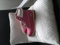 ladies pink Timberland boot good condition size 6 genuine leather a very comfortable boot.
