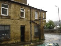 Key in properties presents this tastefully renovated 2 bed apartment close to the centre of Shipley.