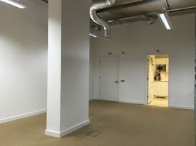 Bright & Airy Shared Studio/Office for rent in Hackney, E9 - 400 sq ft - £850pcm