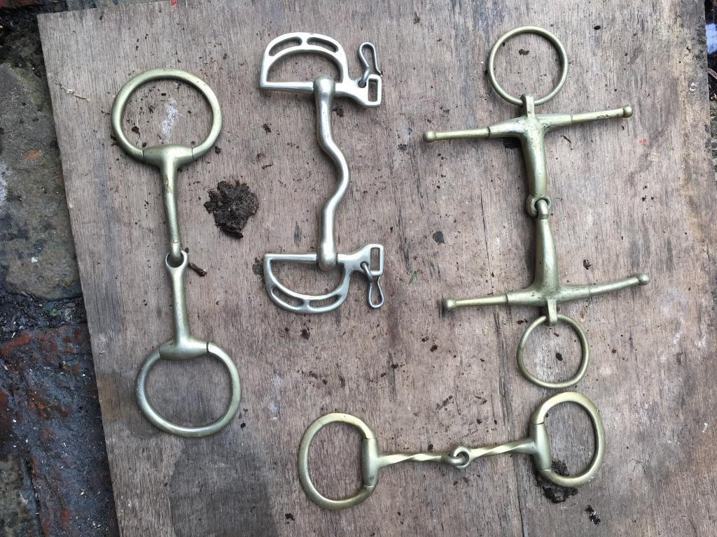 4 x horse bits £10 the lot no offers