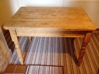 KITCHEN TABLE RUSTIC PINE