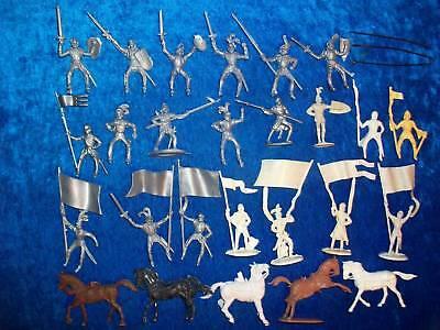 Konvolut 26 Merten Kunststoff Figuren Rohlinge Ritter 4cm