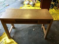 Willis & Gambier Solid Wood Dressing Table