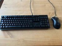 Razor Huntsman keyboard with deathadder mouse