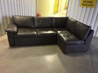 Corner leather sofa bed - very good condition // free delivery