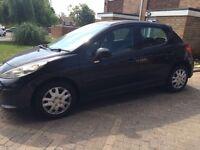 Peugeot 207 1.4 l petrol black 5dr perfect condition