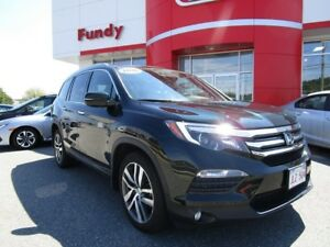 2016 Honda Pilot Touring Pkg w/Rear Entertainment Sys