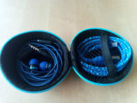 Hard Storage Case With Headset & Lightning Cable Blue