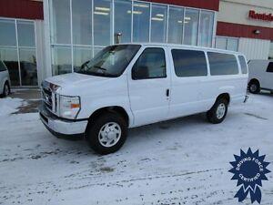 2013 Ford Econoline E-350 XL 15 Passenger Van