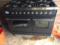 Brittania Range Oven Free Standing Dual Fuel 6 Ring Rottiserie and Cooker Hood