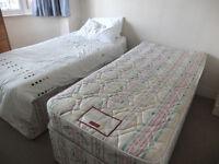 2x SINGLE DIVAN BEDS