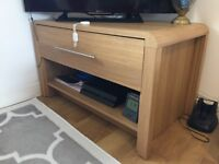 Great coffee table, oak effect, excellent condition