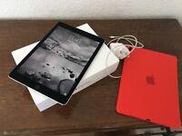 iPad Pro 9.7 128GB Wifi - Space grey.