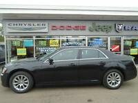 2014 Chrysler 300 Touring with Leather Interior/Moonroof