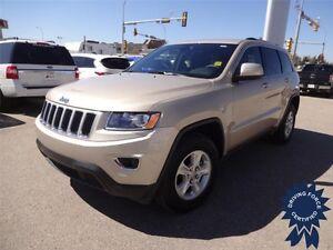 2015 Jeep Grand Cherokee Laredo - 4WD, Satellite Radio, 27,516KM