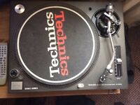 TECHNICS 1210 MK3D IN MINT CONDITION