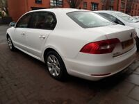 Skoda Superb Greenline 1.6 Tdi Cr 2015 15 5 door hatch In white 1 owner 2 keys drives excellent