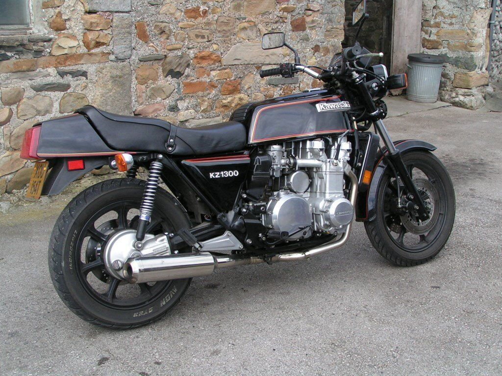 Side also 172419468762 also 2016 Yamaha Tracer 700 Announced For Europe Html further Yamaha Xs1100 Eleven in addition Runner Kite Plus. on kawasaki motorcycle oil