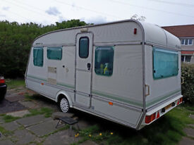 elddis pamperos XL caravan 5 berth plus 2 awnings