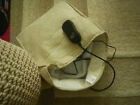 SERENITY BEAUTY DOUBLE FOOT WARMER and MASSAGER. TEMPERATURE CONTROL. FLEECE LINED. NEW.