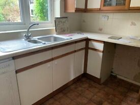 Kitchen Units with or without appliance - parts can be sold separatley