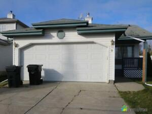$369,999 - Split Level for sale in Spruce Grove