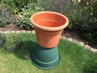 Large plastic terracotta coloured pot 45cm