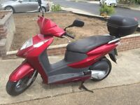 Honda Dylan 125cc 57 reg 2007 red