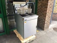 CATERING COMMERCIAL NEW TWIN TANK GAS FRYER MACHINE CAFE RESTAURANT FAST FOOD KEBAB CHICKEN BAR