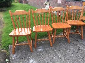 Set Of 4 solid chunky pine farmhouse chairs vgc