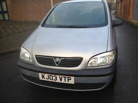 IMMACULATE CONDITION LOW MILLAGE 1 YEAR MOT FULL SERVICE HISTORY 1.6 PETROL 7 SEATS