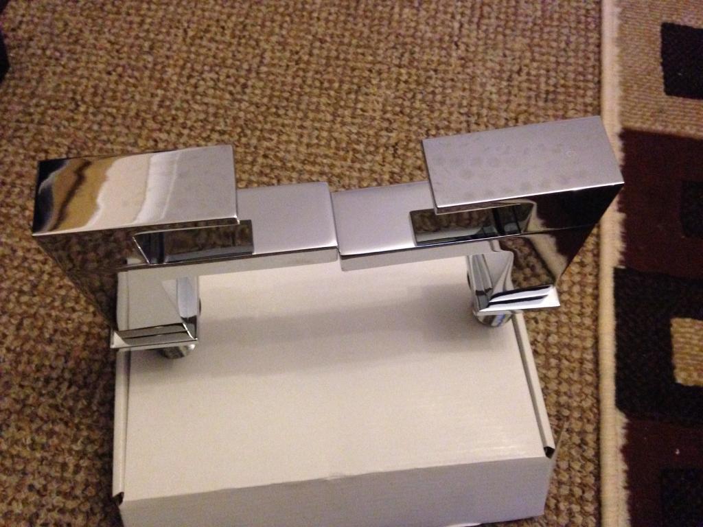 SQUARE BATH TAPS BRAND NEW IN BOX