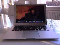 Apple MacBook Air A1466, 13.3 inch screen, 1.6GHz, 4MB RAM, Mar 2015