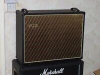 """Vox V212BN 2 x 12"""" speaker cabinet"""