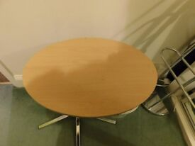 Small Computer Oval Table