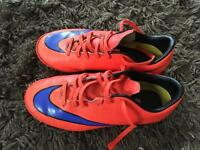 Nike Astro turf trainers size uk 3