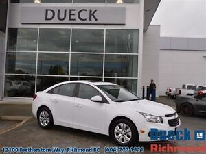 2016 Chevrolet Cruze LT w/1LT  Turbocharged - Sunroof