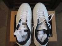 MEN'S TRAINERS (SIZE 11 AND A HALF)
