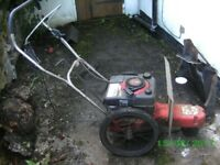 STRIMMER Wheeled with 6 hp Briggs & Stratton Engine