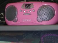 LOVELY BABY PINK DIGITAL RADIO, NICE CLEAR SOUND